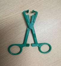 一次性医用塑料镊子和手术钳